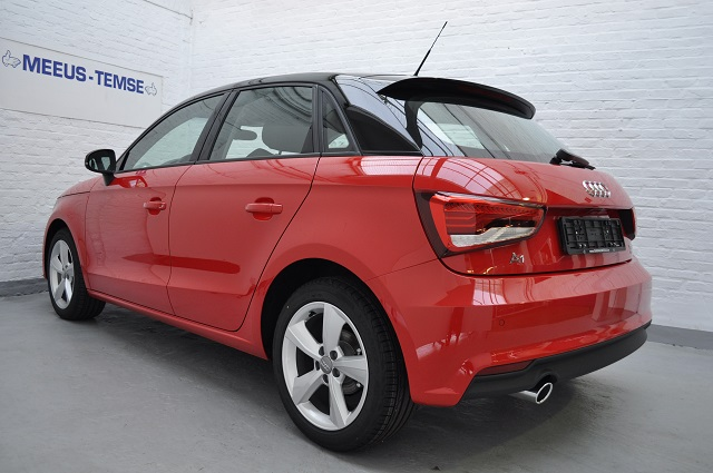 Audi a1 sportback garage meeus for Garage audi a1